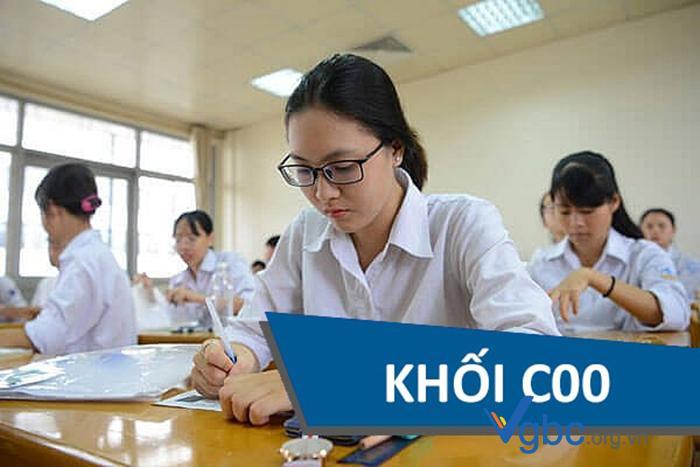 Nhieu-thi-sinh-lua-chon-khoi-c00